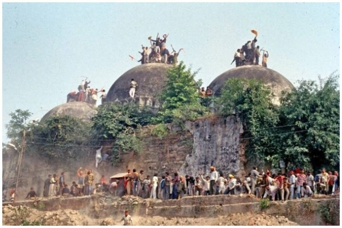 Babri Masjid Demolition Case: LK Advani, MM Joshi acquitted By Special CBI Court