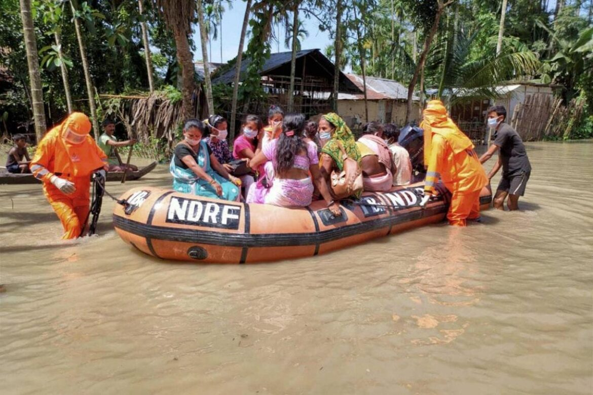 TERI and Assam Disaster Mgmt. Authority teams up for Flood Early Warning System(FEWs)