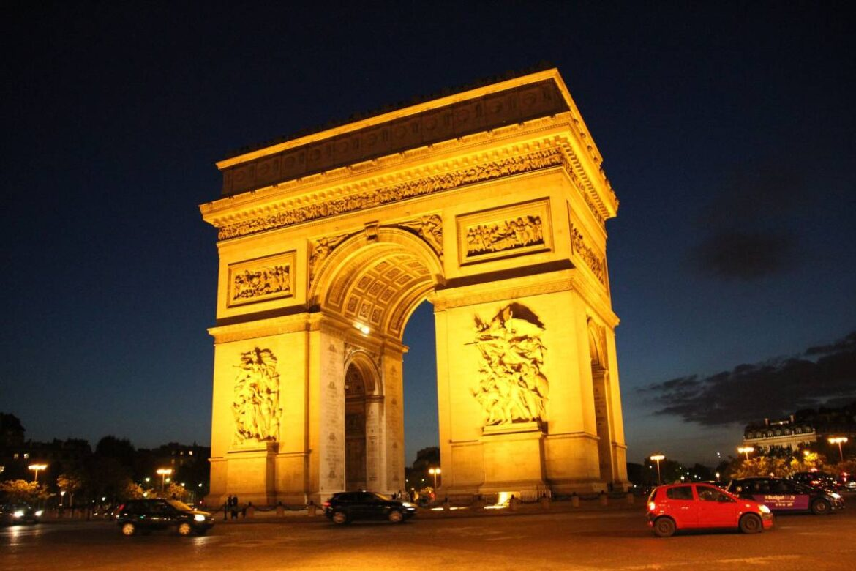 Teacher Beheaded in Paris over Mohammad cartoons