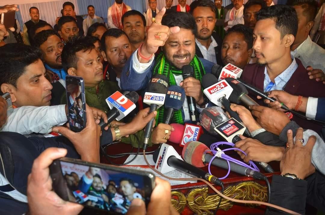 AASU general secretary Lurinjyoti Gogoi resigns to join newly formed Asom Jatiya Parisad