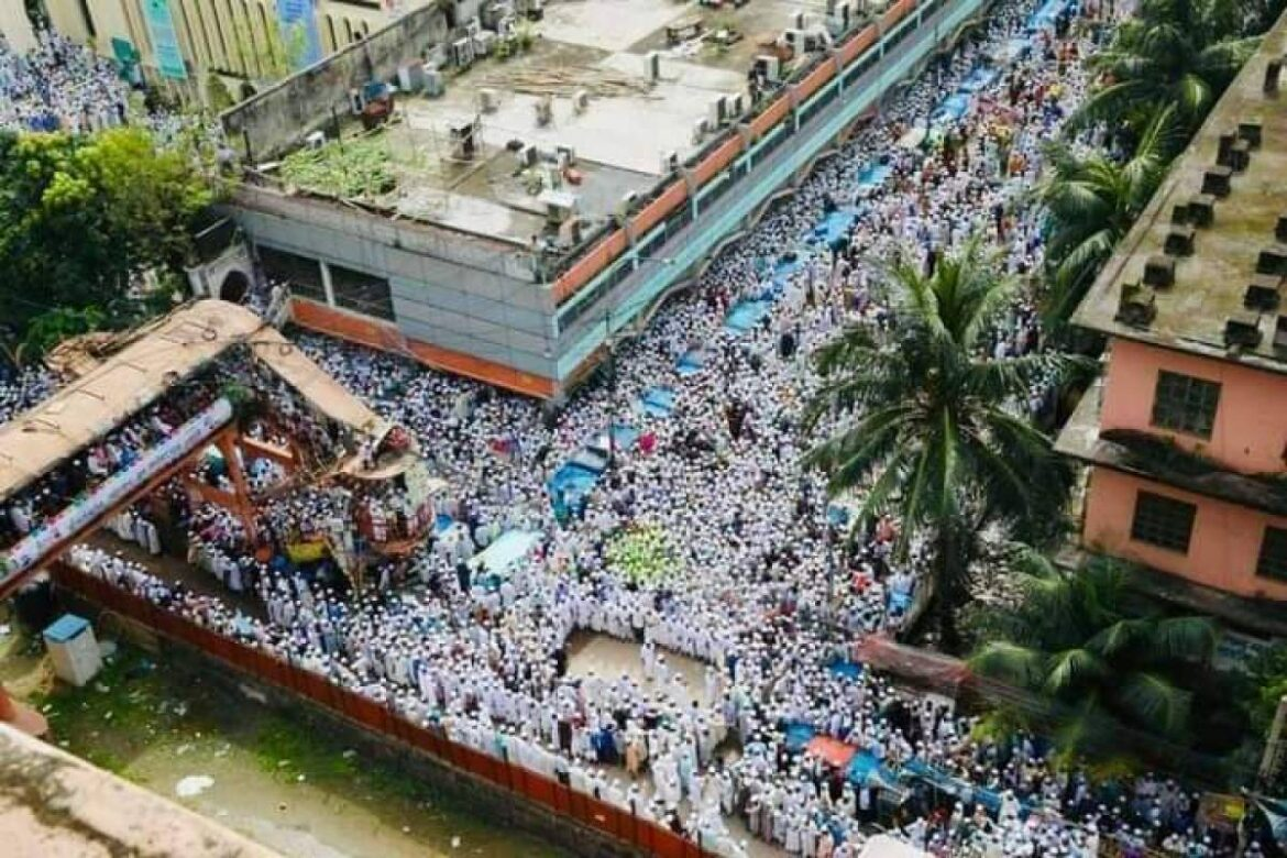 Hefazat-e-Islam, marched toward French embassy in Dhaka. Attempts to seize