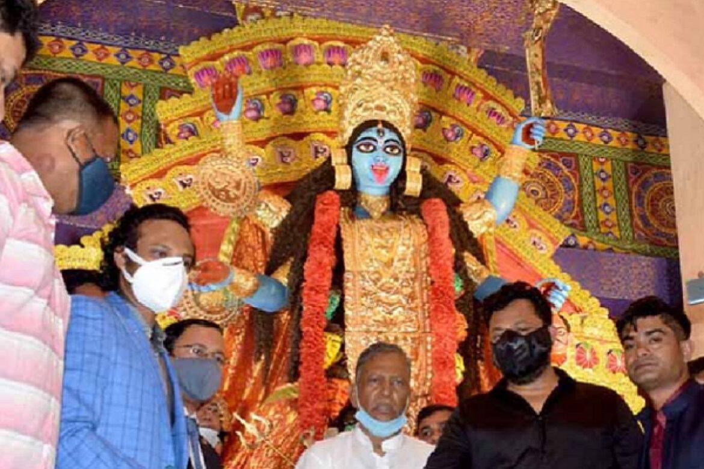 Bangladesh Cricketer Shakib Al Hasan Seeks Forgiveness For Inaugurating Kali Puja Program In Kolkata after facing death threats