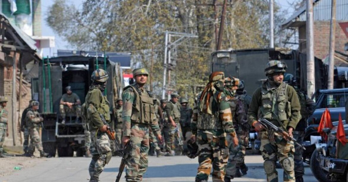 J&K: 2 JeM Associates Providing Shelter and Logistical Support To Terrorists Arrested in Pulwama