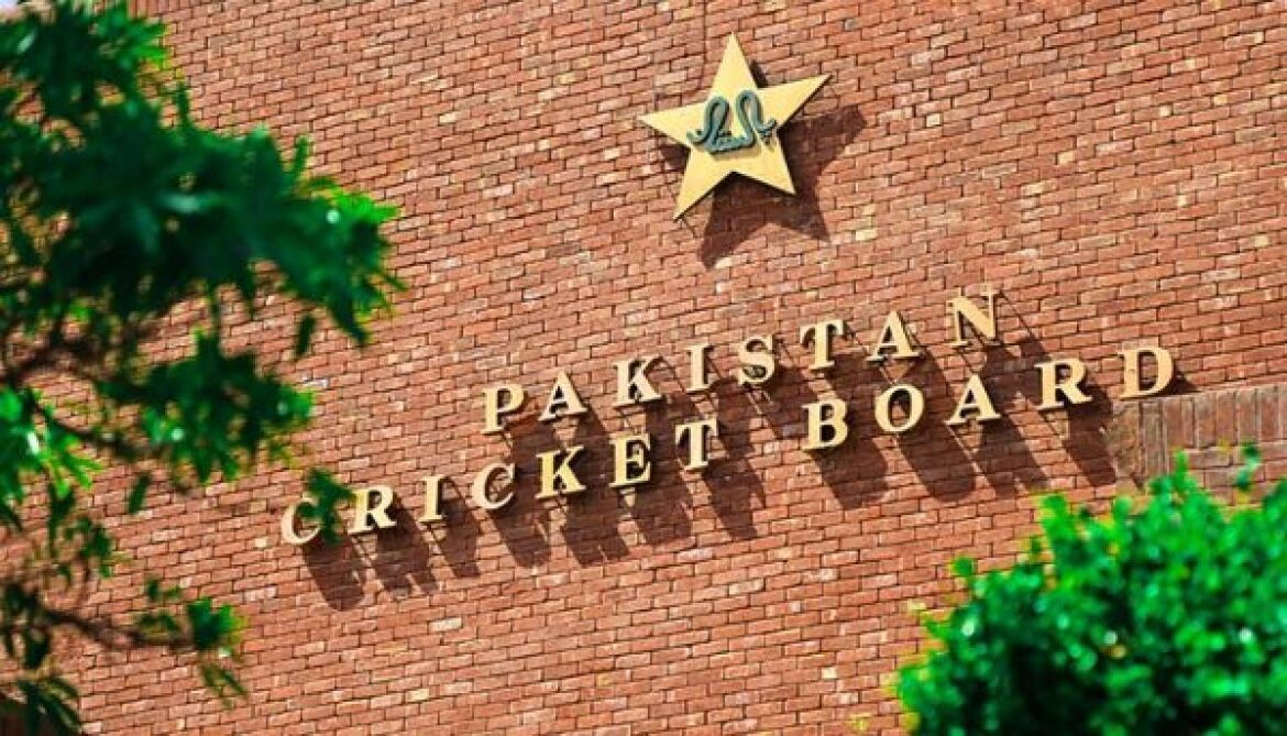 PCB Issues Warning To Pakistan Players In NZ Over COVID-19 Protocol Breach