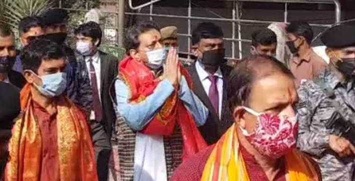 Chief Justice of India Bobde offer prayers at Kamakhya Temple