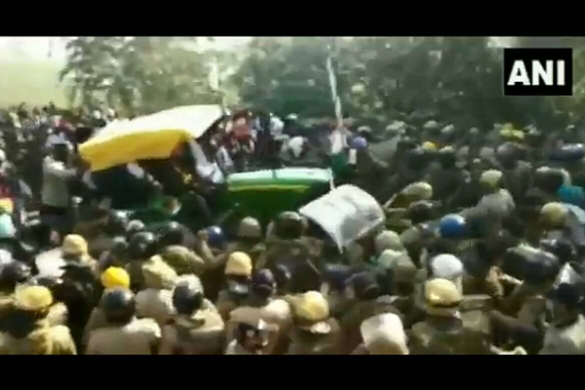 Farm Law Protesters Run Over Police Barricade On A Tractor As Cops Barely Escape Being Crushed