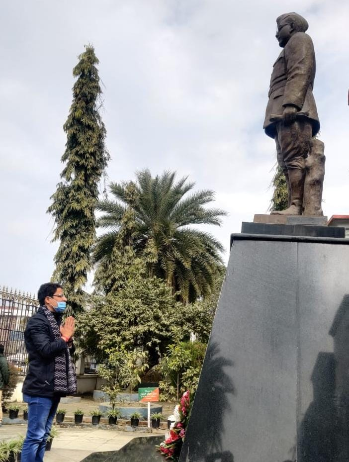 Darjeeling MP Raju Bista visits INA memorial museum at Moirang