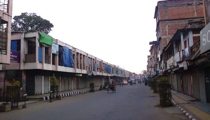 Manipur: COVID-19 restrictions on shops in lifted in Paona Bazaar and Thangal Bazaar