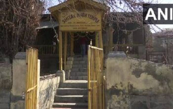 hindu temple in srinagar closed due to terrorism in kashmir opens after 31 years