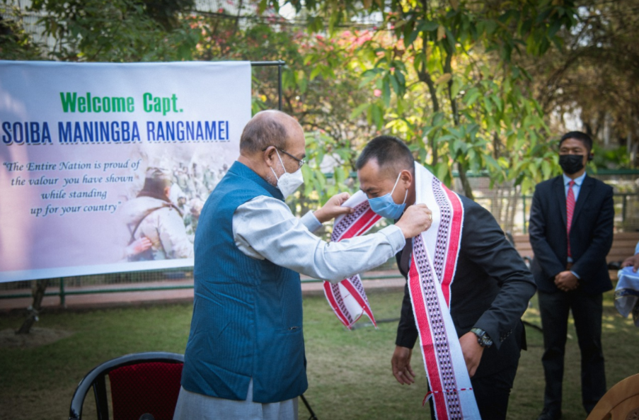 Indian Army Officer Capt Soiba Maningba Rangnamei Who Daringly Confronted Chinese Army In Galwan Clash Felicitated By Manipur Govt